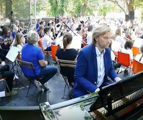 Nadační fond Harmonie dělá svět barevnějším – Open air, Střelecký ostrov 2018